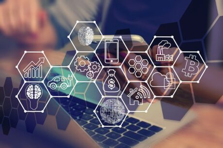 Comunicazione e marketing tra social e new media